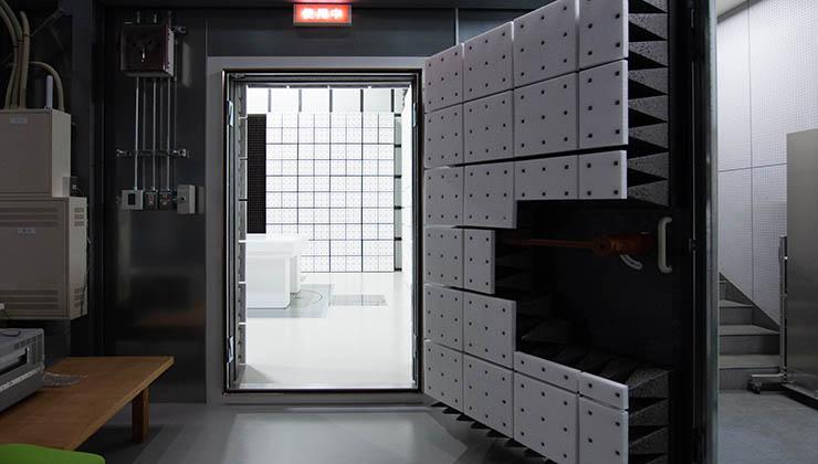 3m法電波暗室 入り口
