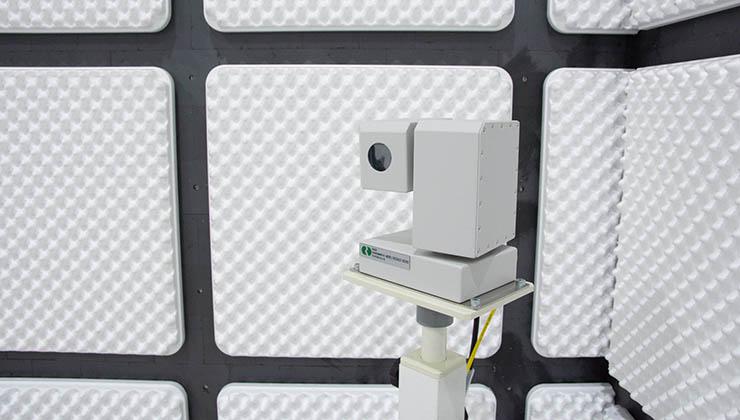 3m法電波暗室 モニターカメラ1